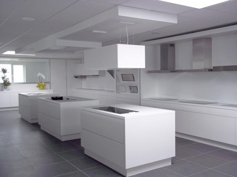 novy el tromenager rangeval vente de cuisine portes l s valence. Black Bedroom Furniture Sets. Home Design Ideas